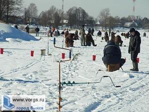 В Выксе провели соревнования по зимней ловле рыбы на мормышку