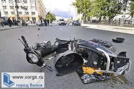 В Выксе Мазда врезалась в скутер