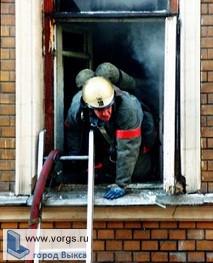 В Выксе на улице Симы Битковой горело здание