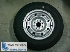 В Мотмосе неизвестные сняли колесо из автомобиля Рено