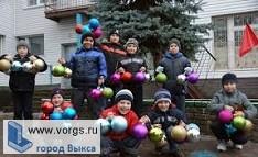 В Выксе стартовала акция «С миру по елке»